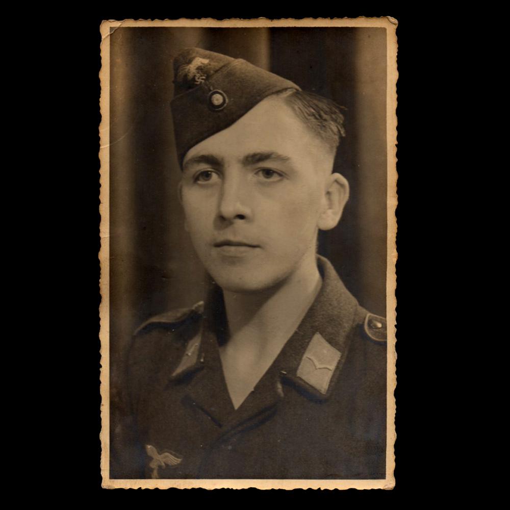 Luftwaffe portret Holland 18-XI 1942