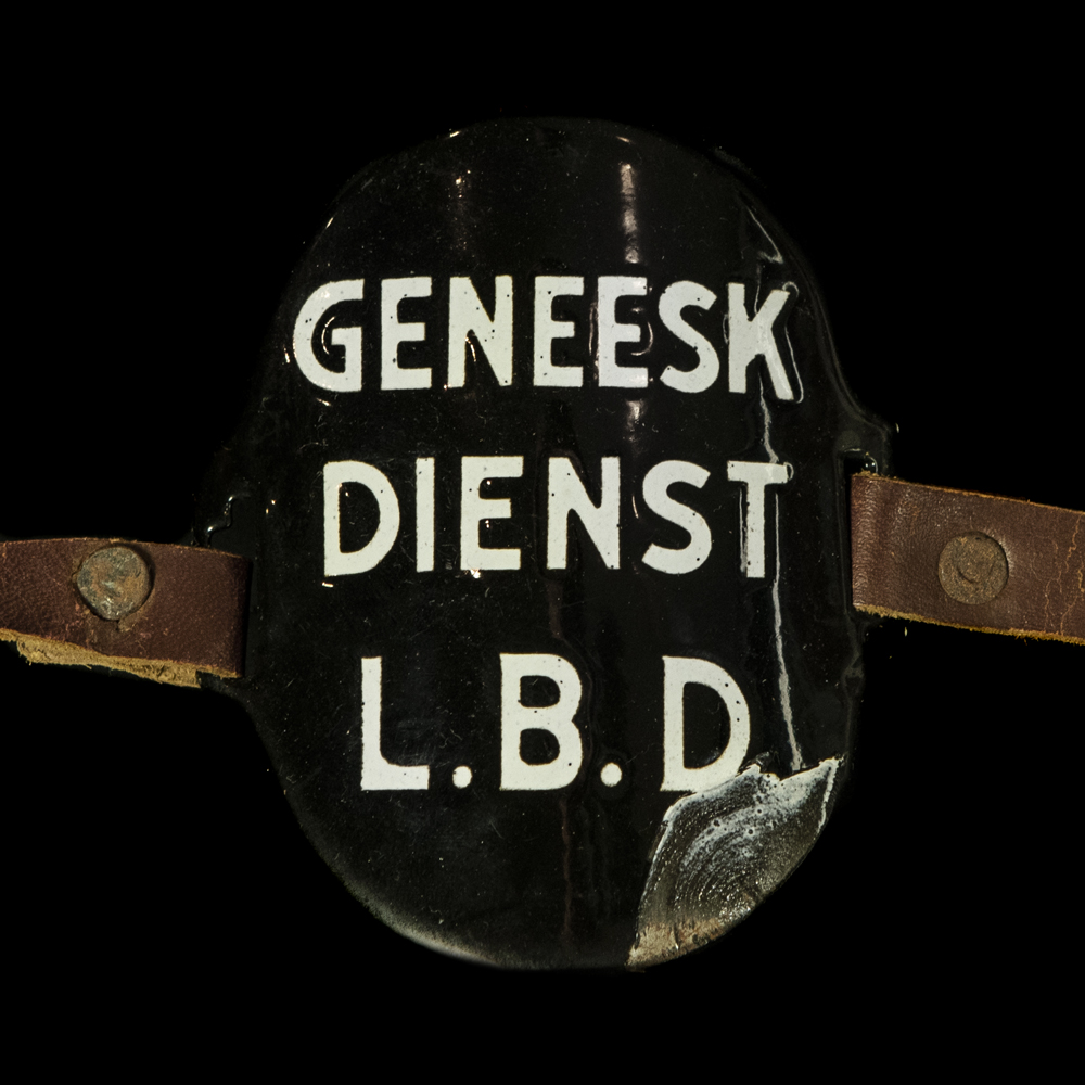 Emaille Armband GENEESKUNDIGE DIENST L.B.D.