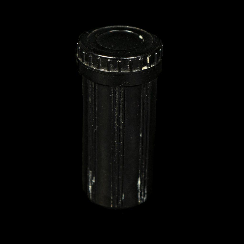 Scheerkwast container