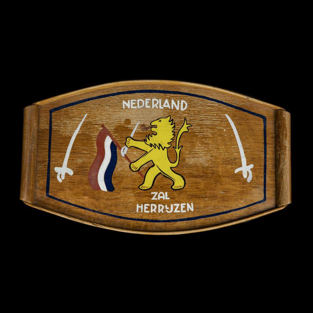 Nederland zal Herrijzen dienblad