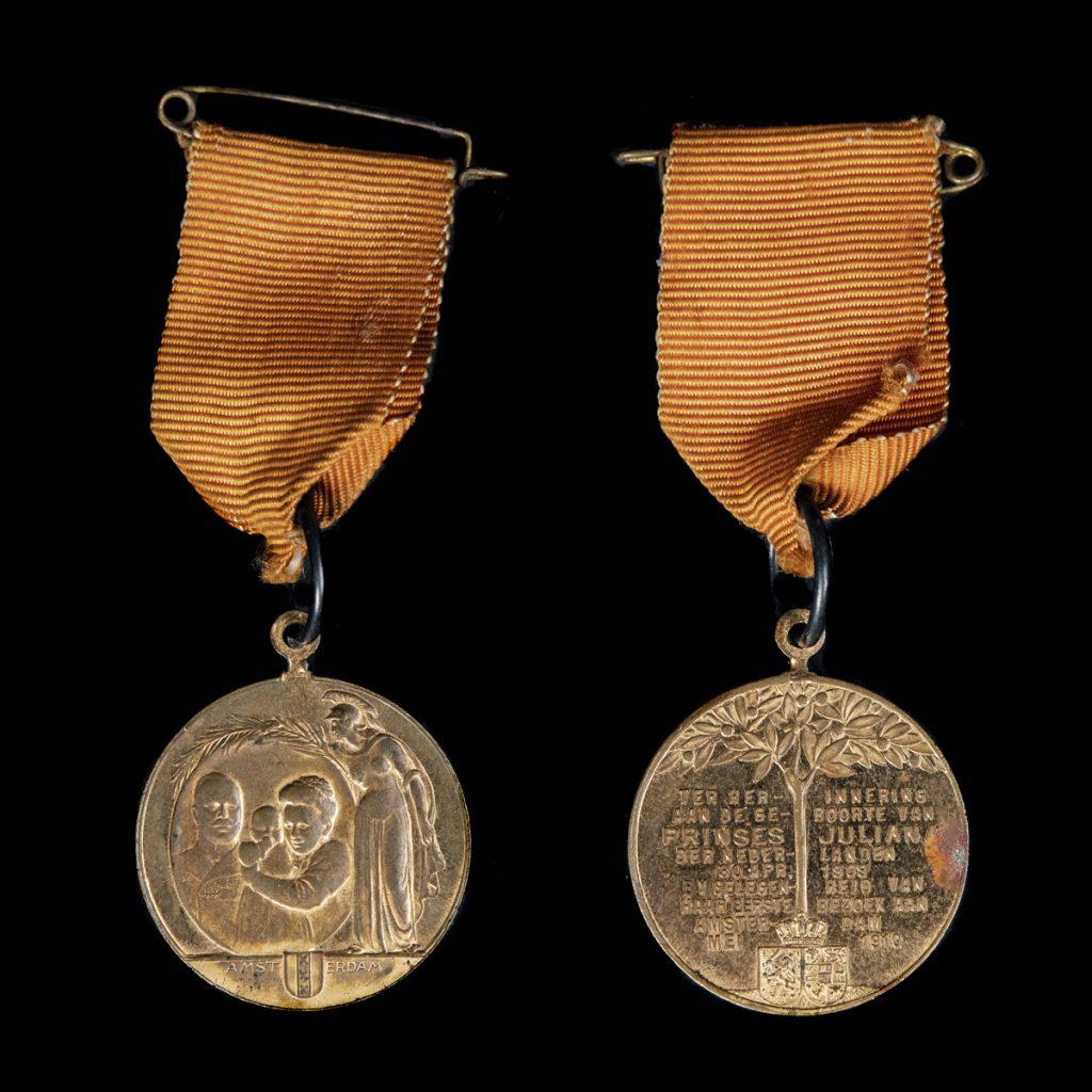 Herinneringsmedaille van het huwelijk van Prinses Juliana en Prins Bernhard 1937