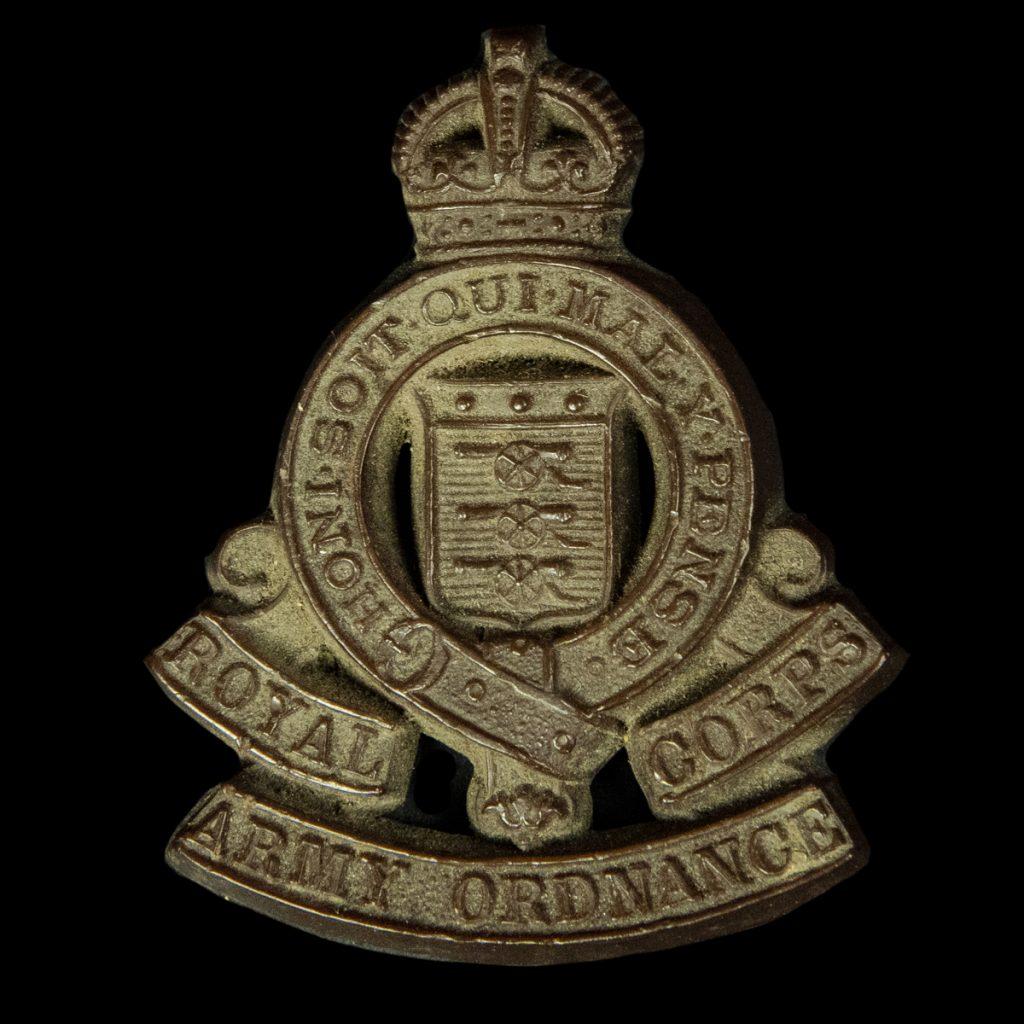 Britse economy capbadge Royal Corps Army Ordnance