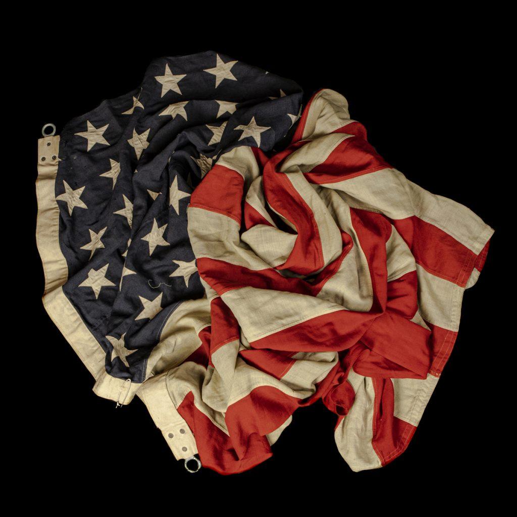US scheepsvlag met 48 opgenaaide sterren
