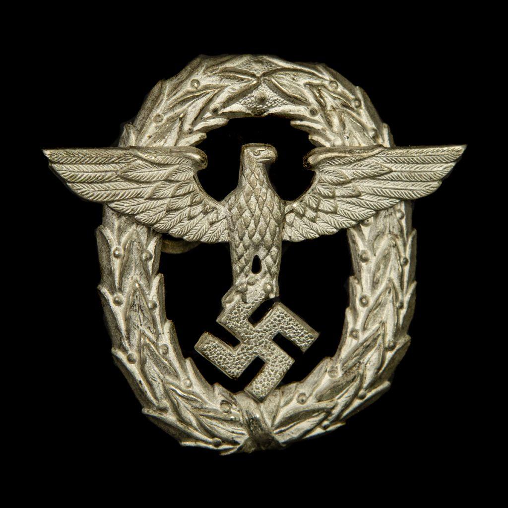 Polizei Capbadge 1st pattern