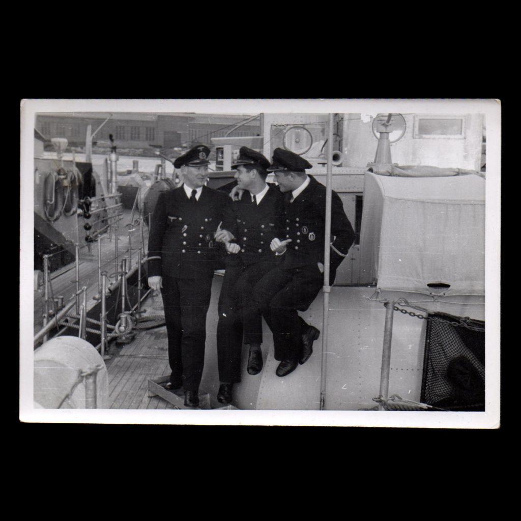 Begeleidingsschip 'Alders' 9. Räumbootflottille