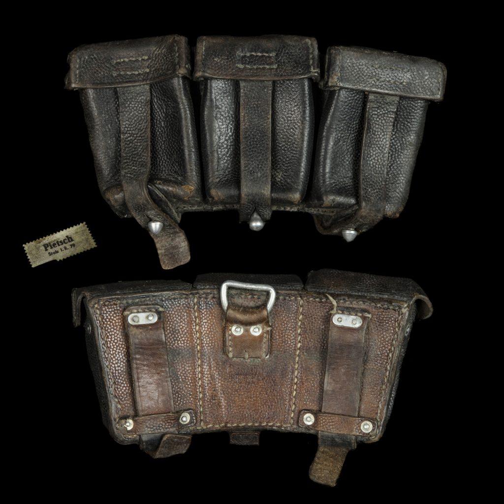 K98 munitietasje op naam van Pietsch Stab i.r. 79