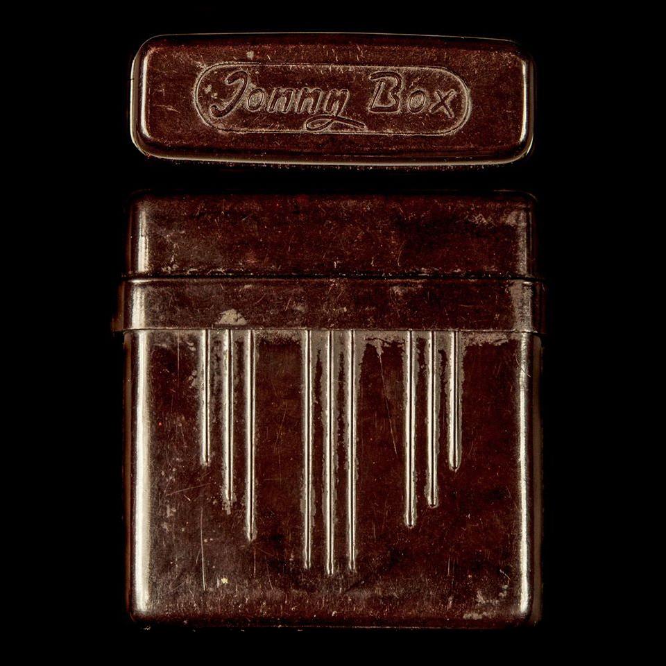 Jonny Box sigarettenkoker