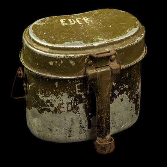 Essgeschirr op naam 'Eder'