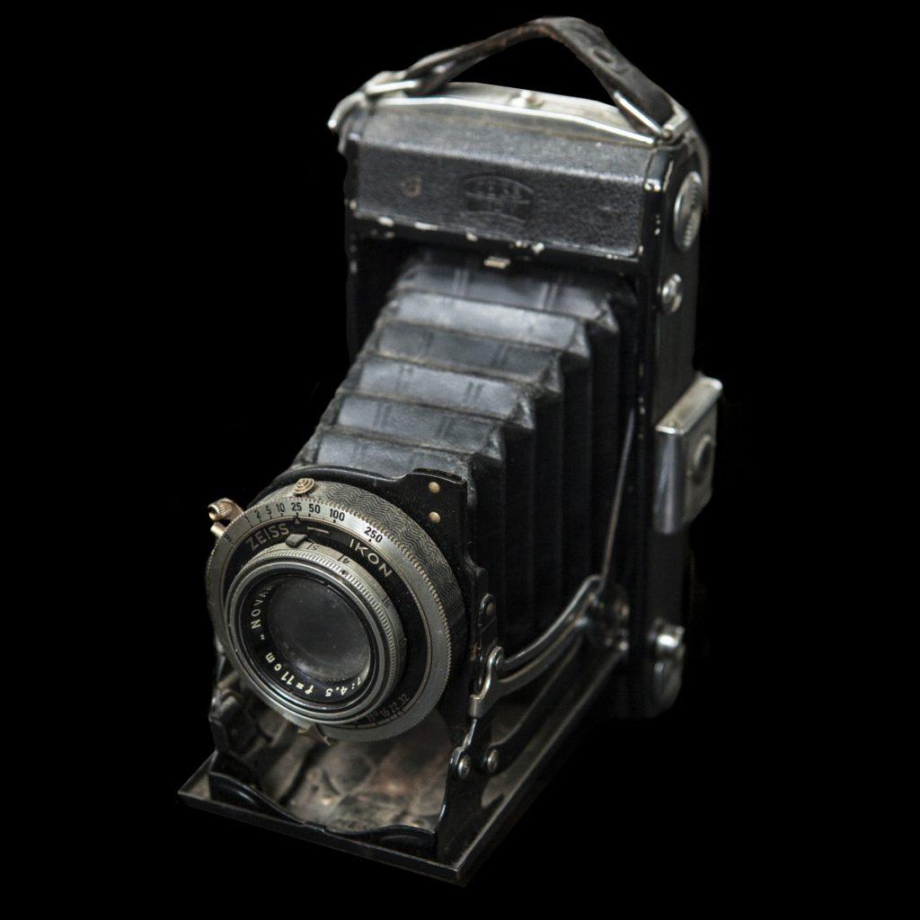 Duitse Zeiss Ikon klapcamera