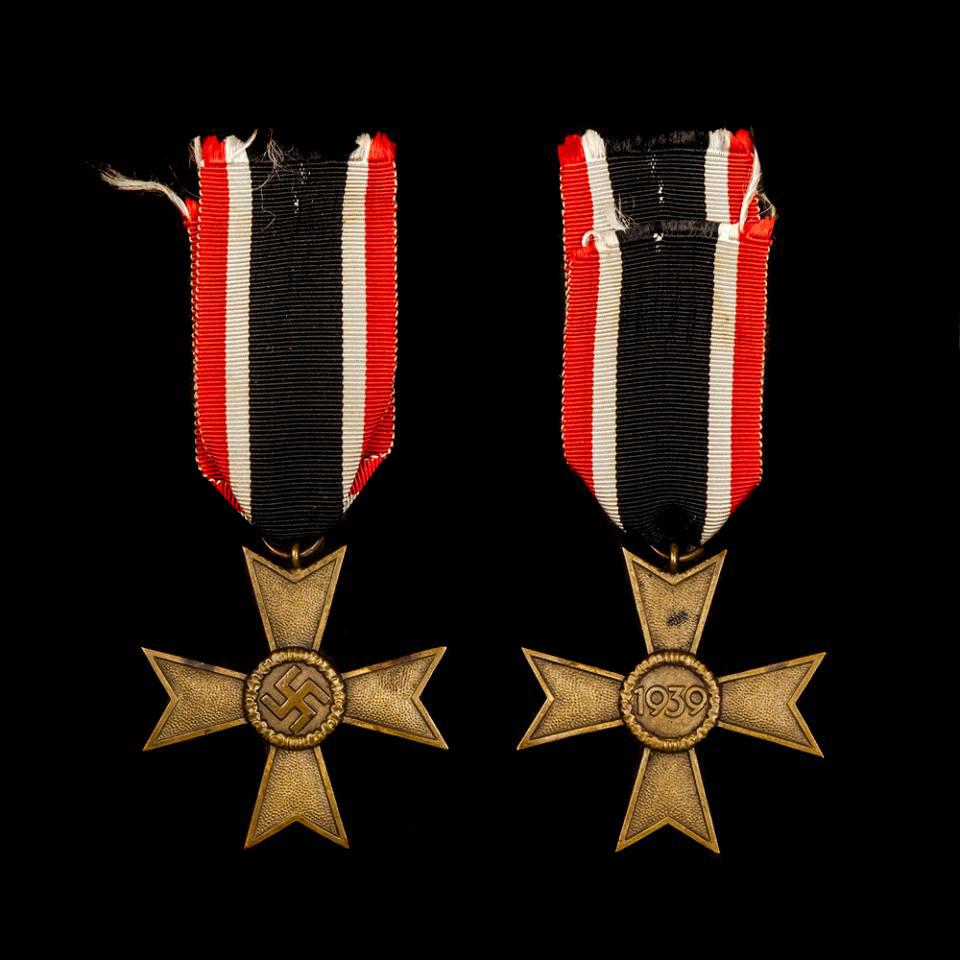 Kriegsverdienst 2. Klasse Ohne Schwerter medaille 1939 1