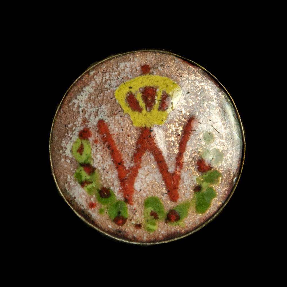 Wilhelmina button