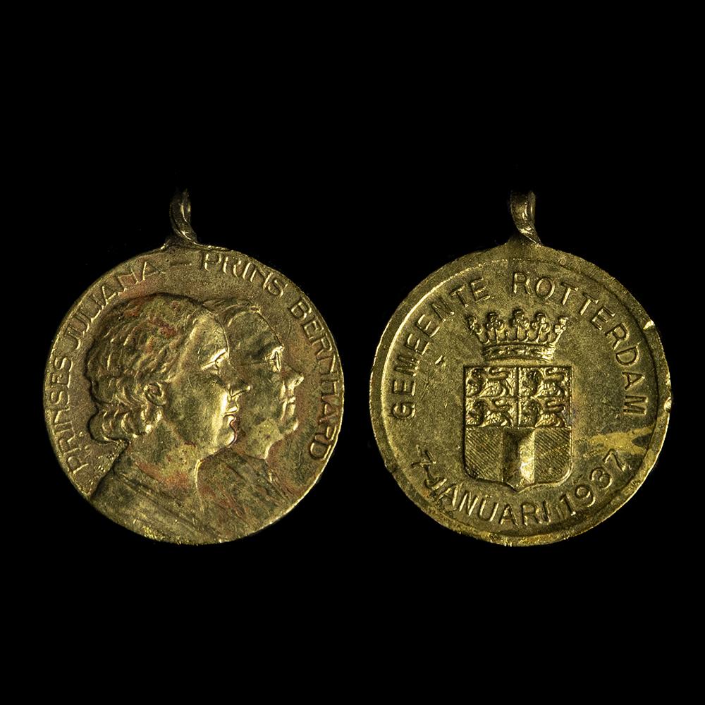 Prinses Juliana & Prins Bernhard Januari 1937 medaille