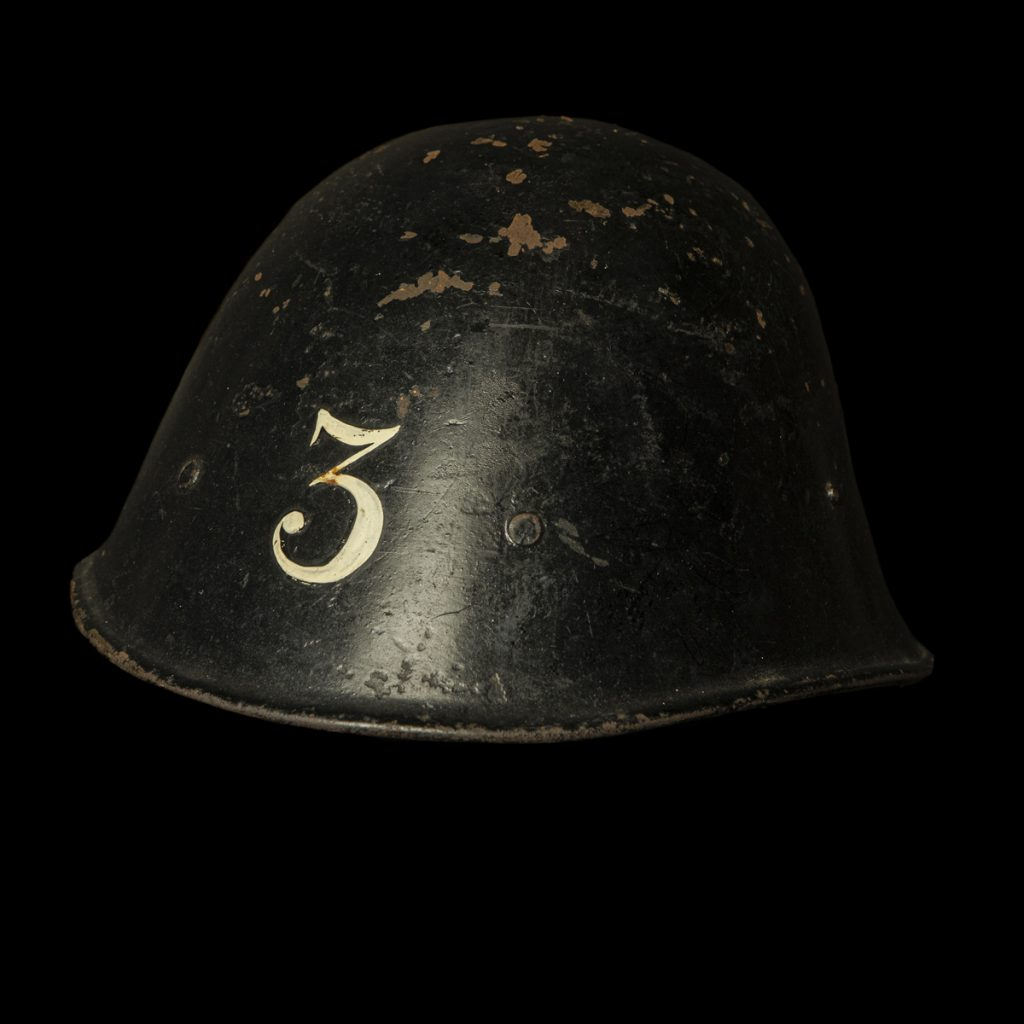 M34 LBD helm Blok 3