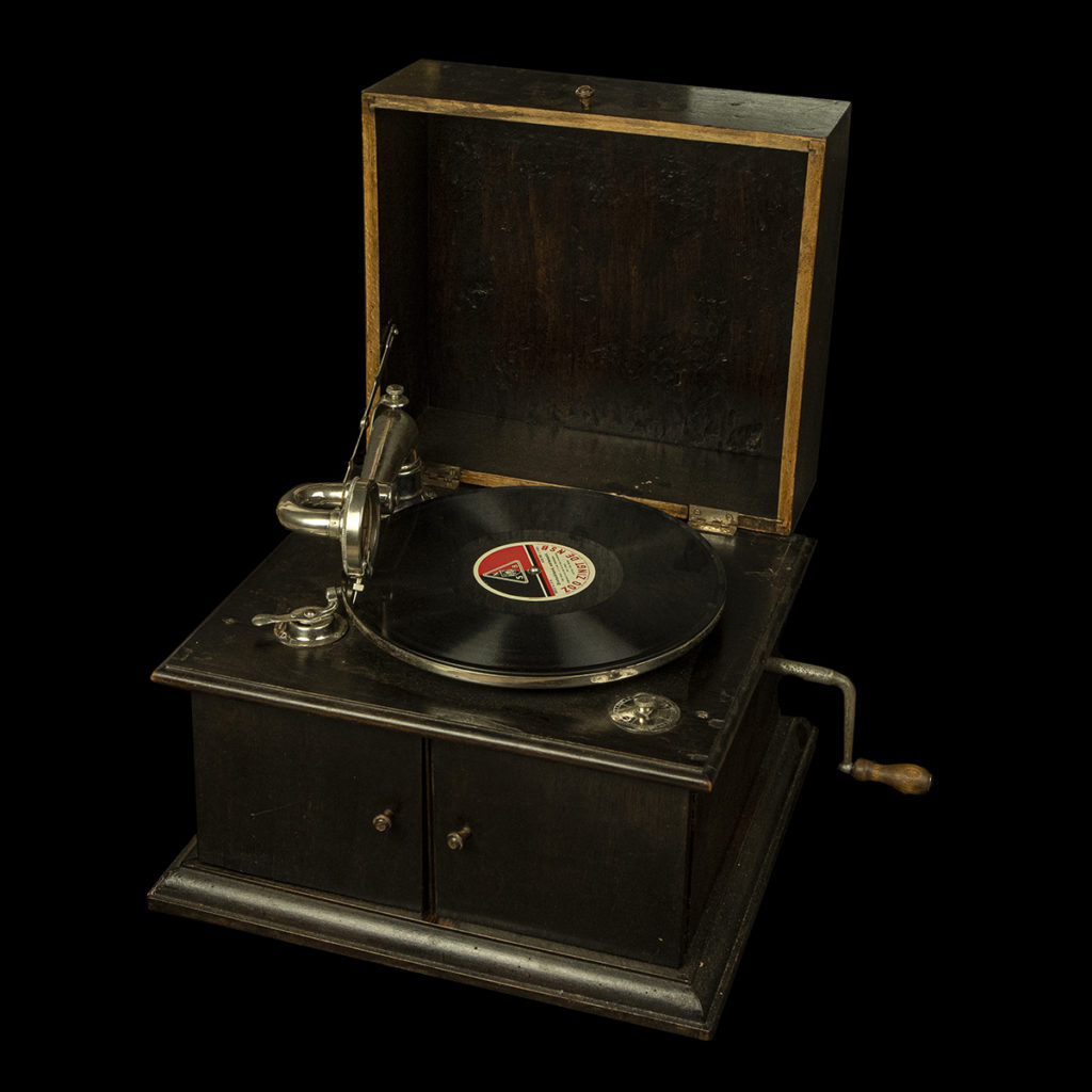 Vooroorlogse grammofoon