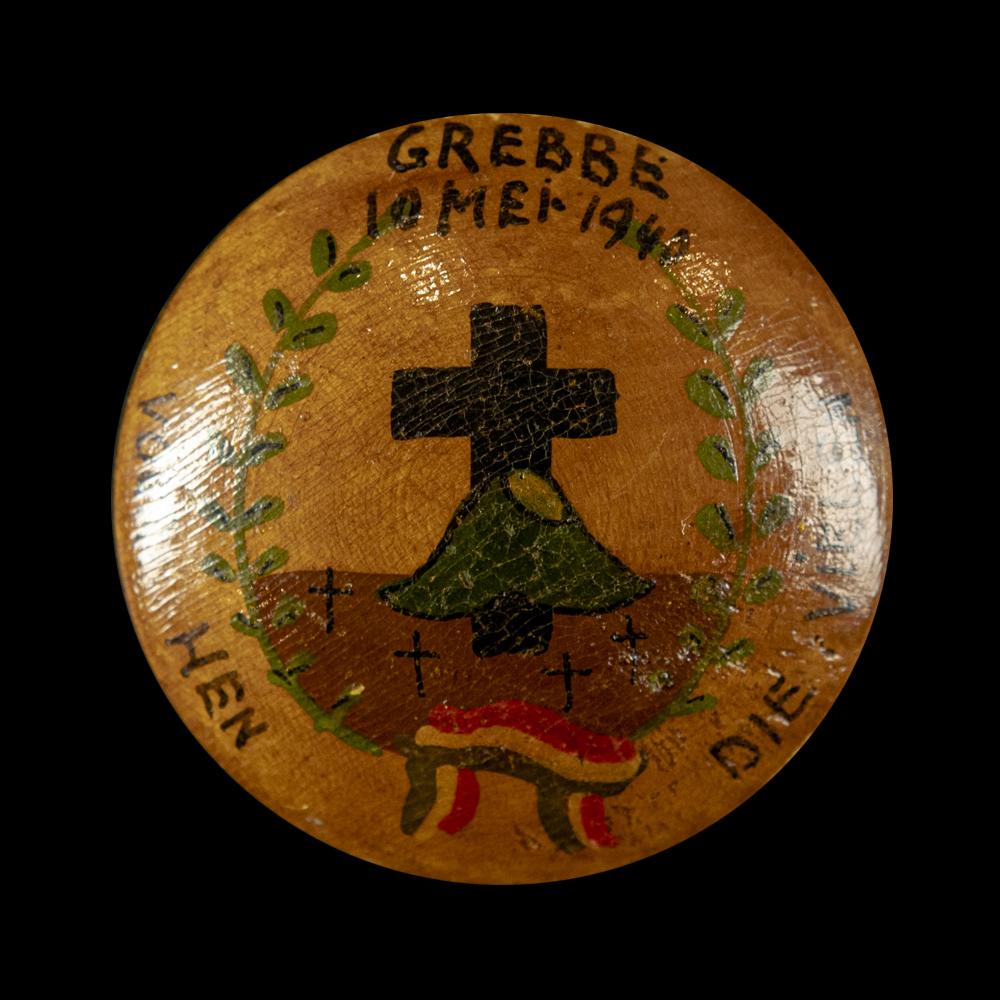 Button GREBBE 10 Mei 1940 VOOR HEN DIE VIELEN
