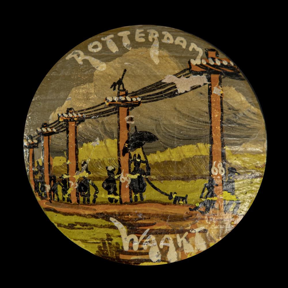Houten button Rotterdam Waakt 68