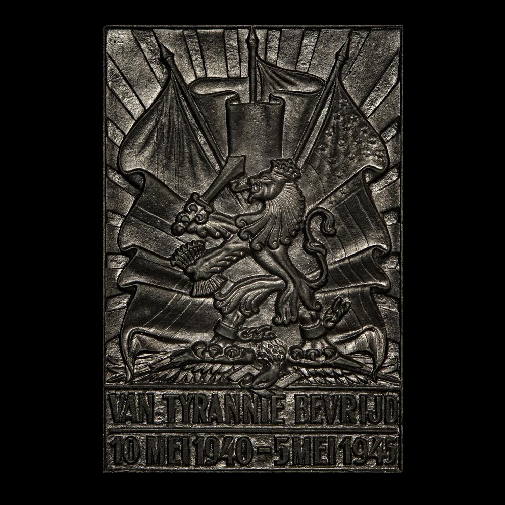 Plakkaat Van Tyrannie Bevrijd 10 mei 1940-5 mei 1945