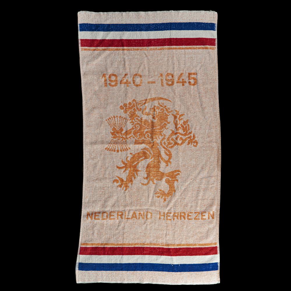 Handdoek 1940-1945 Nederland Herrezen