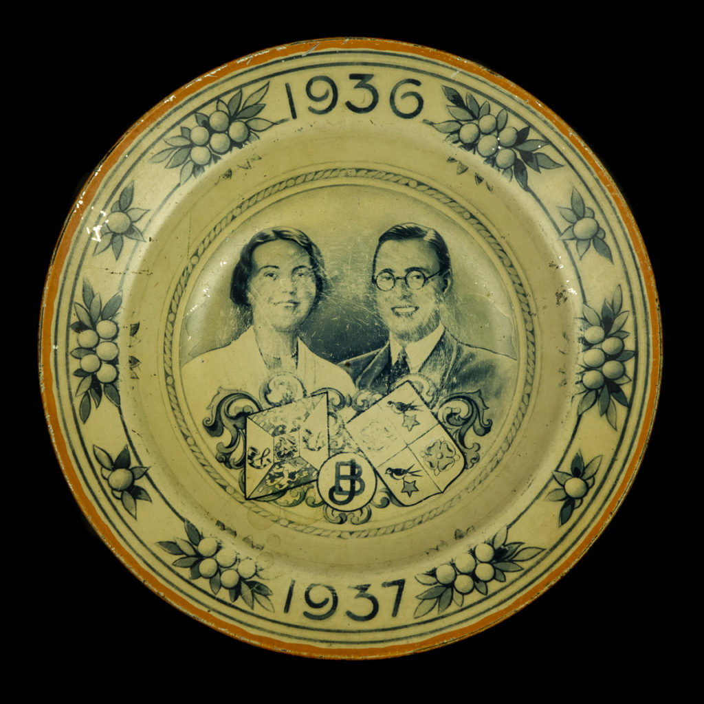 Bordje Huwelijk Juliana & Bernhard 1937
