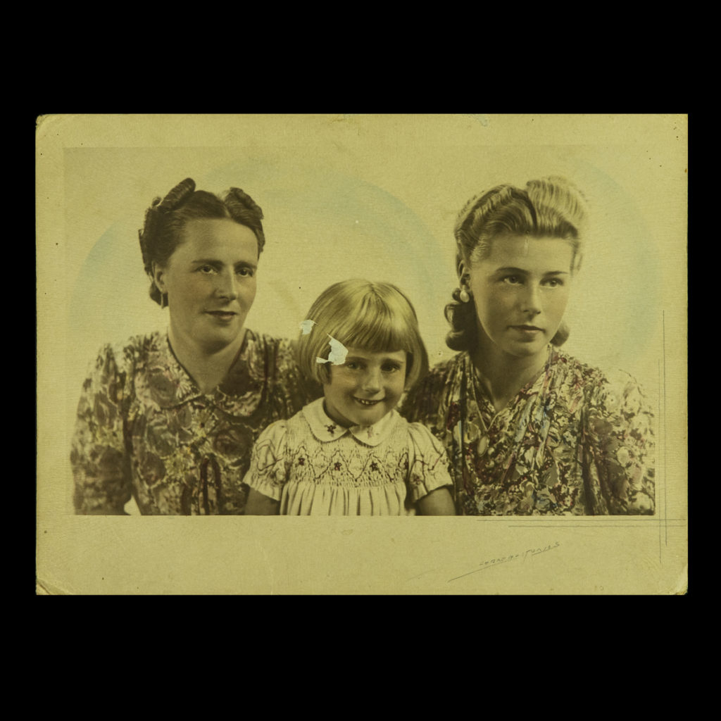 Familieportret Gordon Studios Den Haag 1941